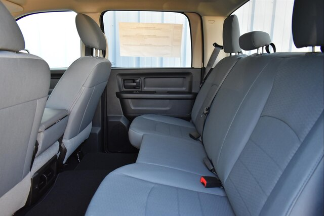 2019 Ram 1500 Crew Cab 4x4,  Pickup #23331 - photo 18