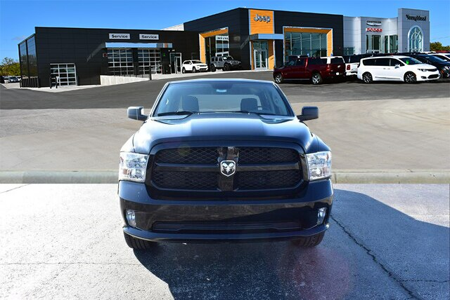 2019 Ram 1500 Crew Cab 4x4,  Pickup #23331 - photo 3