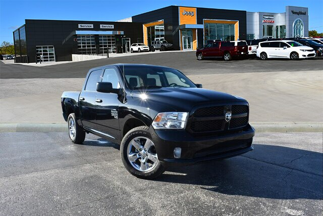 2019 Ram 1500 Crew Cab 4x4,  Pickup #23331 - photo 4