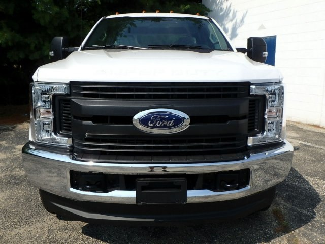 2018 F-350 Crew Cab 4x4,  Reading Classic II Steel Service Body #74846N - photo 3