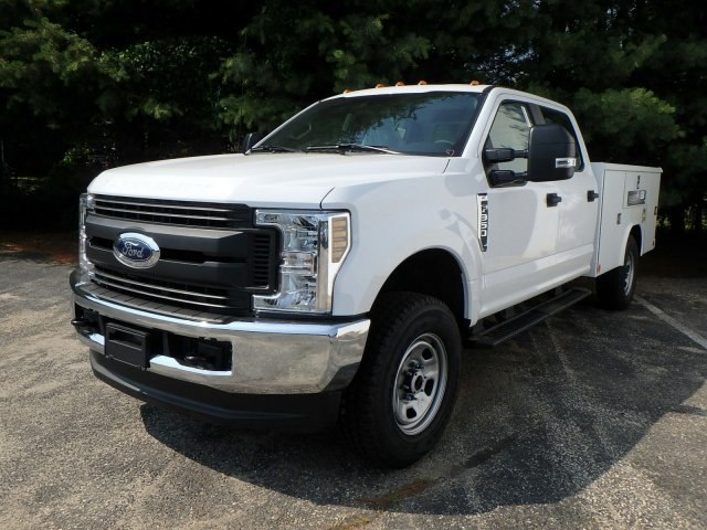 2018 F-350 Crew Cab 4x4,  Reading Classic II Steel Service Body #74846N - photo 4