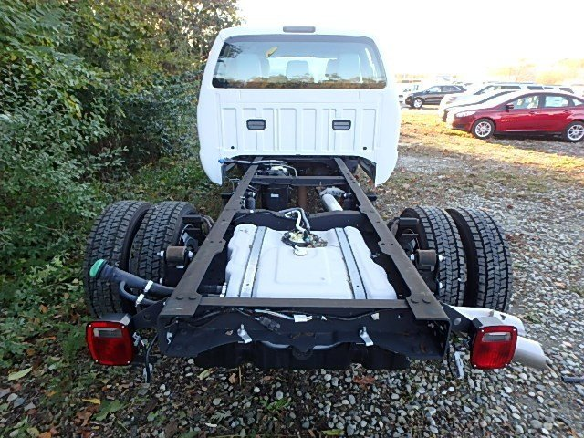 2016 F-450 Crew Cab DRW, Cab Chassis #77061N - photo 7