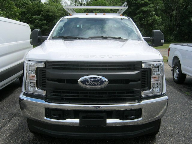 2018 F-250 Super Cab 4x4,  Reading Service Body #82361N - photo 3