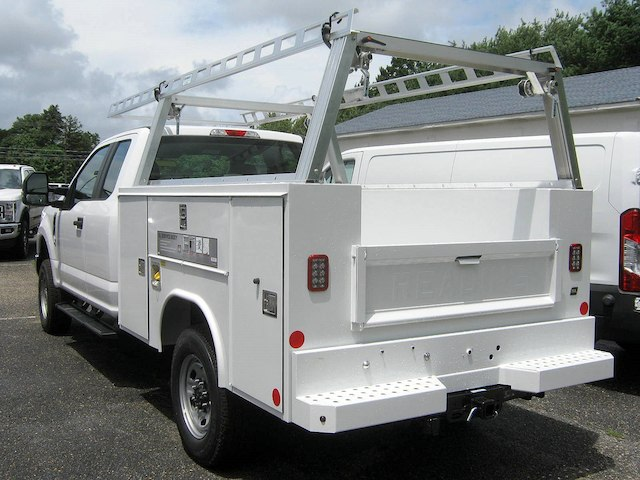 2018 F-250 Super Cab 4x4,  Reading Service Body #82361N - photo 7