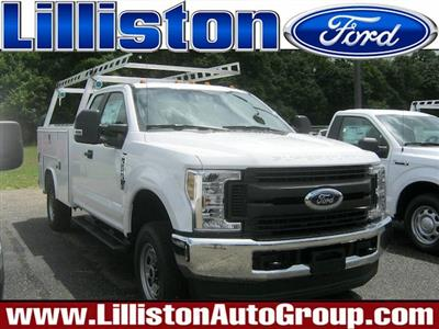 2018 F-250 Super Cab 4x4,  Reading SL Service Body #82361N - photo 1