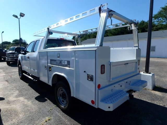 2018 F-250 Super Cab 4x4,  Reading Service Body #82362N - photo 6