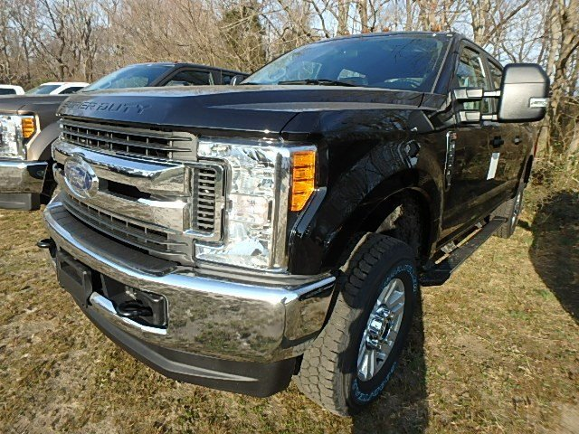 2017 F-250 Crew Cab 4x4,  Pickup #93410N - photo 3