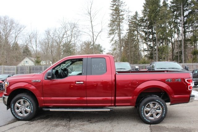 2018 F-150 Super Cab 4x4, Pickup #F18241 - photo 2