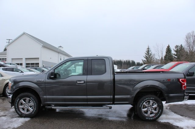 2018 F-150 Super Cab 4x4, Pickup #F18315 - photo 2