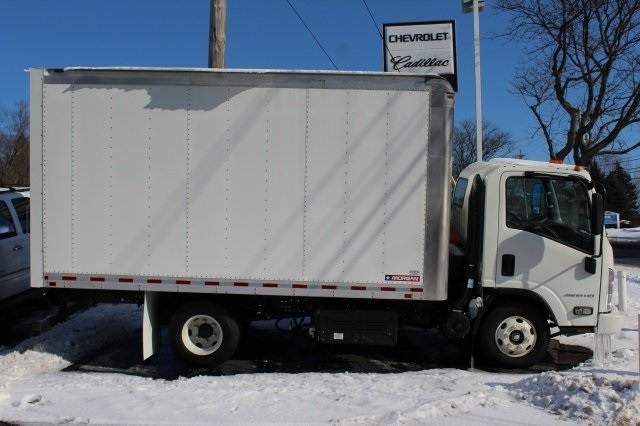 2017 LCF 4500HD Regular Cab 4x2,  Morgan Dry Freight #217412 - photo 2