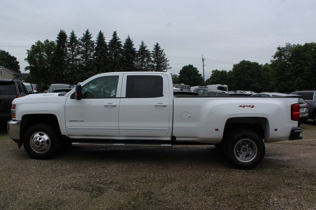 2018 Silverado 3500 Crew Cab 4x4,  Pickup #2181083 - photo 3