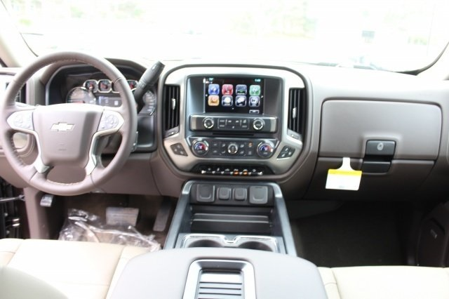 2018 Silverado 1500 Double Cab 4x4, Pickup #218406 - photo 16