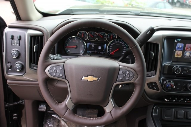 2018 Silverado 1500 Double Cab 4x4, Pickup #218406 - photo 18