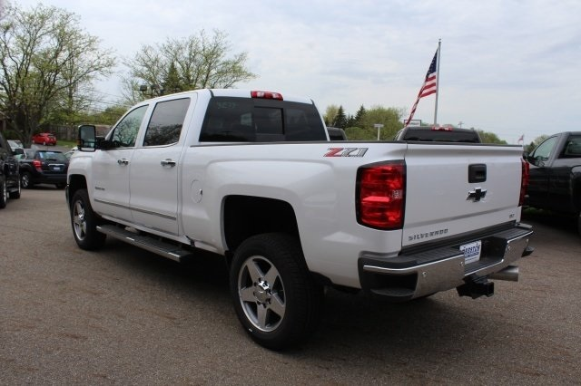 2018 Silverado 2500 Crew Cab 4x4, Pickup #218722 - photo 2