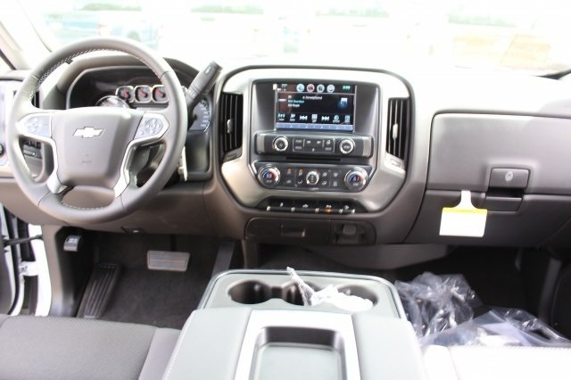 2018 Silverado 2500 Crew Cab 4x4, Pickup #218898 - photo 12