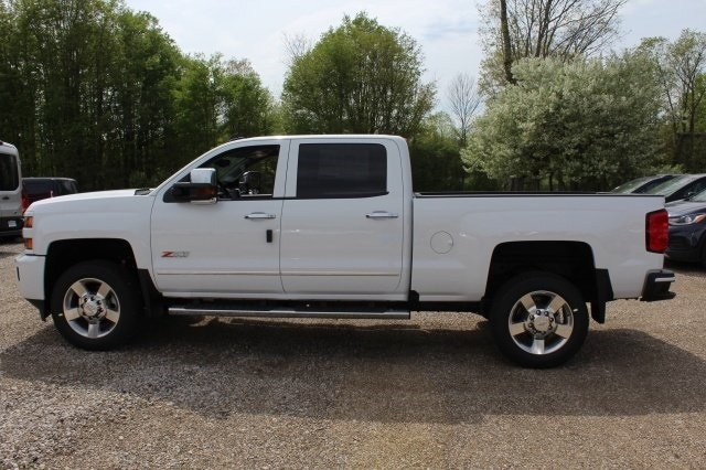 2018 Silverado 2500 Crew Cab 4x4, Pickup #218898 - photo 3