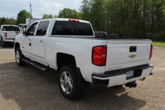 2018 Silverado 2500 Crew Cab 4x4, Pickup #218898 - photo 2