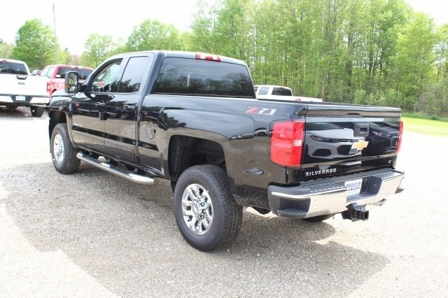 2018 Silverado 2500 Double Cab 4x4, Pickup #218939 - photo 2