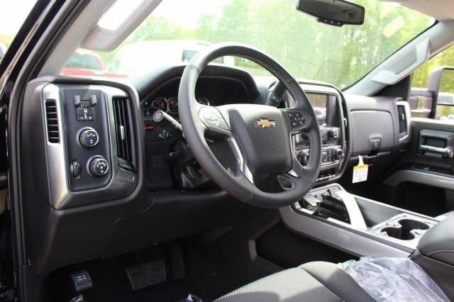 2018 Silverado 2500 Double Cab 4x4, Pickup #218939 - photo 8