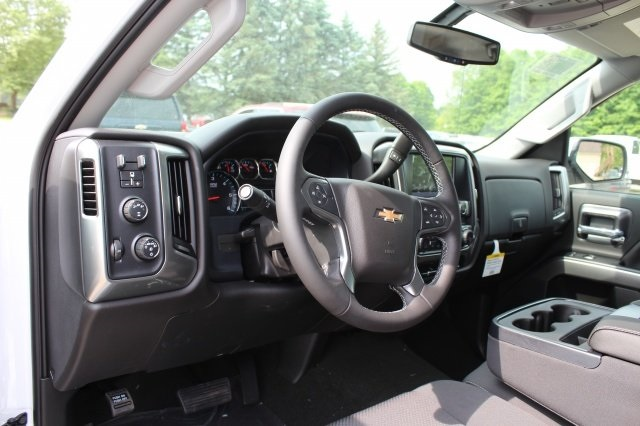 2018 Silverado 2500 Crew Cab 4x4,  Pickup #218945 - photo 8