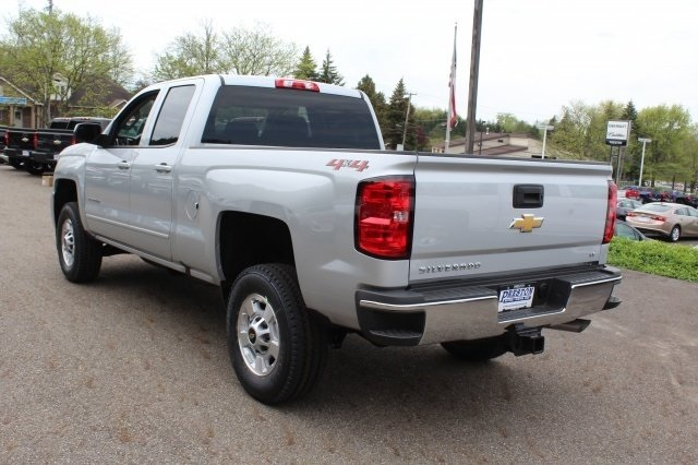 2018 Silverado 2500 Double Cab 4x4, Pickup #218946 - photo 2