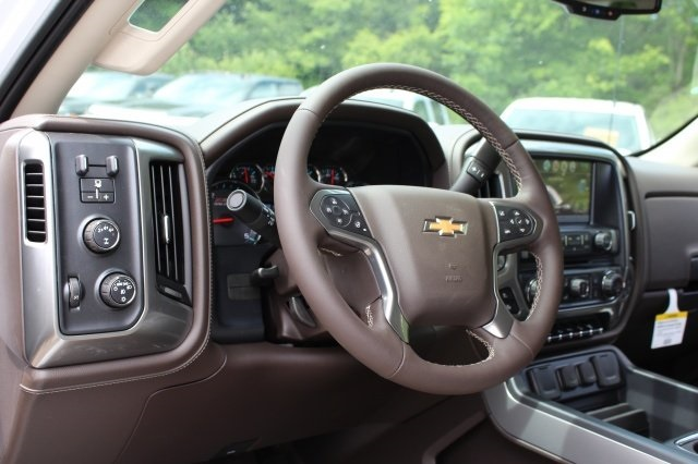 2019 Silverado 2500 Crew Cab 4x4,  Pickup #219006 - photo 8