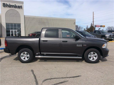 2018 Ram 1500 Crew Cab 4x4, Pickup #22041 - photo 5