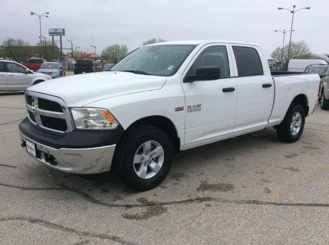 2018 Ram 1500 Crew Cab 4x4, Pickup #22120 - photo 3