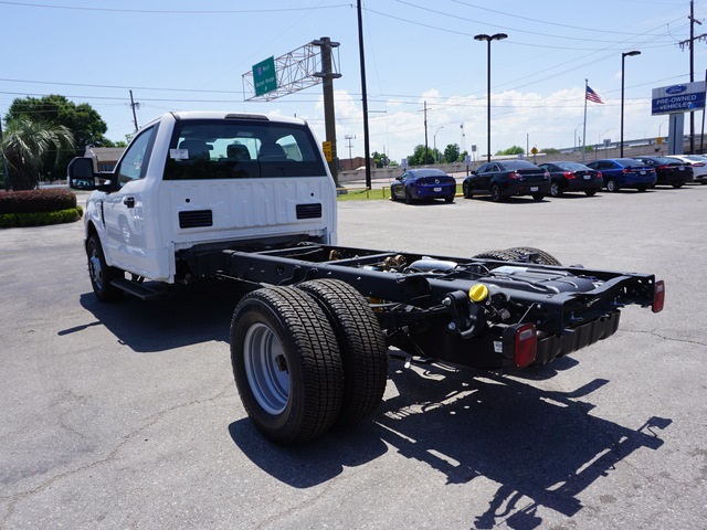 2018 F-350 Regular Cab DRW,  Cab Chassis #JEB92414 - photo 2