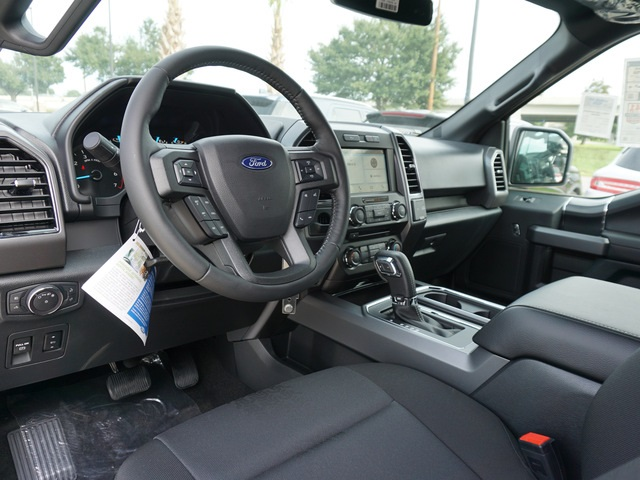 2018 F-150 SuperCrew Cab 4x2,  Pickup #JKF39021 - photo 9