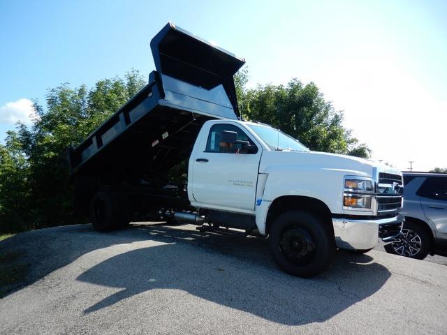 2020 Chevrolet Silverado 6500 Regular Cab DRW 4x2, Galion Dump Body #77296 - photo 4