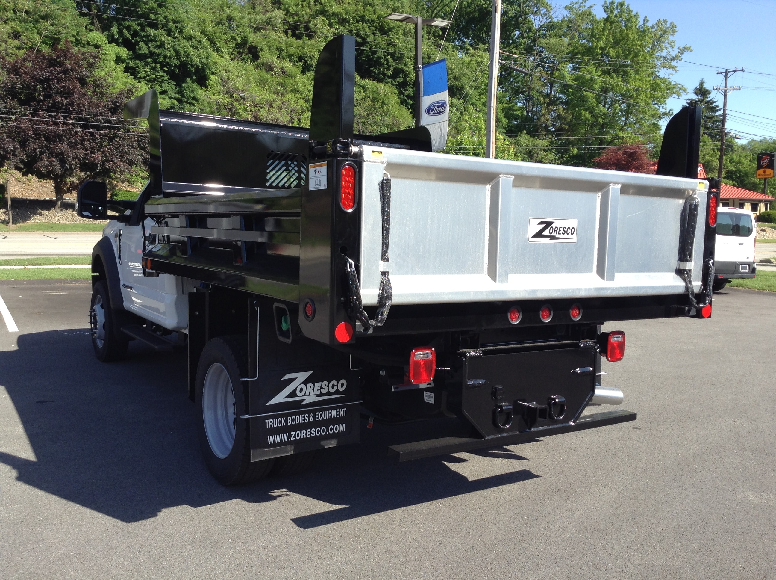 2017 F-550 Regular Cab DRW 4x4, Rugby Dump Body #5F2242 - photo 2