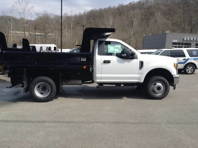 2018 F-350 Regular Cab DRW 4x4, Dump Body #5F2906 - photo 6