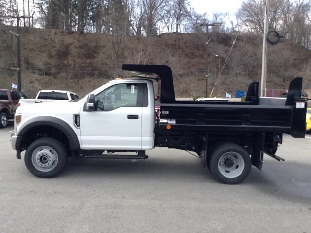 2018 F-550 Regular Cab DRW 4x4, Dump Body #5F2929 - photo 3