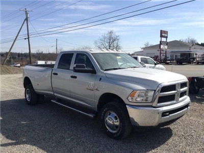 2017 Ram 3500 Crew Cab DRW 4x4,  Pickup #C14044 - photo 3