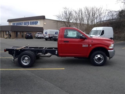 2018 Ram 3500 Regular Cab DRW 4x4,  Cab Chassis #C14966 - photo 7