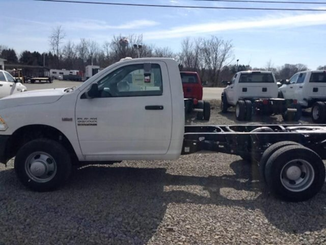 2018 Ram 3500 Regular Cab DRW 4x4,  Cab Chassis #C15630 - photo 4