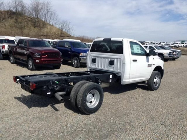 2018 Ram 3500 Regular Cab DRW 4x4,  Cab Chassis #C15630 - photo 6