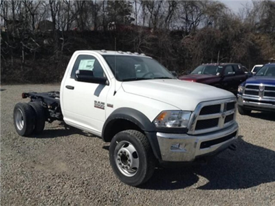 2018 Ram 5500 Regular Cab DRW 4x4,  Cab Chassis #C15701 - photo 3