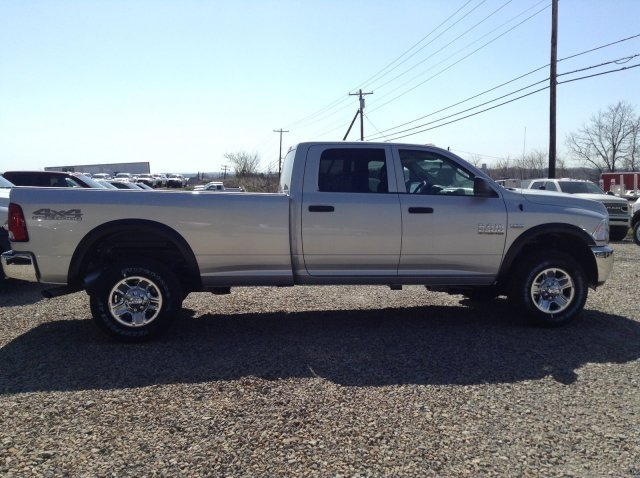 2018 Ram 2500 Crew Cab 4x4,  Pickup #C16036 - photo 9