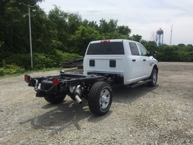 2018 Ram 2500 Crew Cab 4x4,  Cab Chassis #C16487 - photo 4
