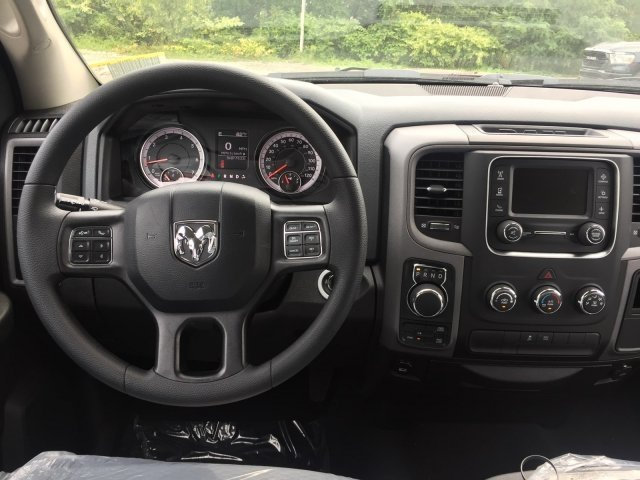 2019 Ram 1500 Crew Cab 4x4,  Pickup #C16843 - photo 5