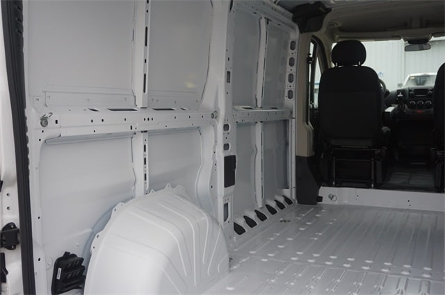 2018 ProMaster 1500 Standard Roof FWD,  Empty Cargo Van #JE120031 - photo 32