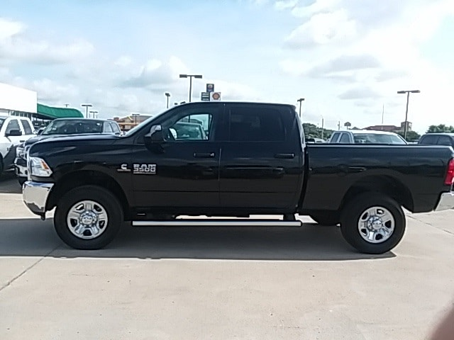 2018 Ram 3500 Crew Cab 4x4,  Pickup #JG281145 - photo 4