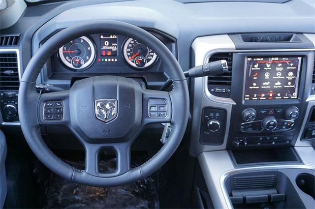 2018 Ram 2500 Crew Cab 4x4,  Pickup #JG327155 - photo 25
