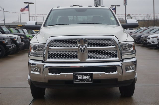 2018 Ram 3500 Crew Cab DRW 4x4,  Pickup #JG373155 - photo 3