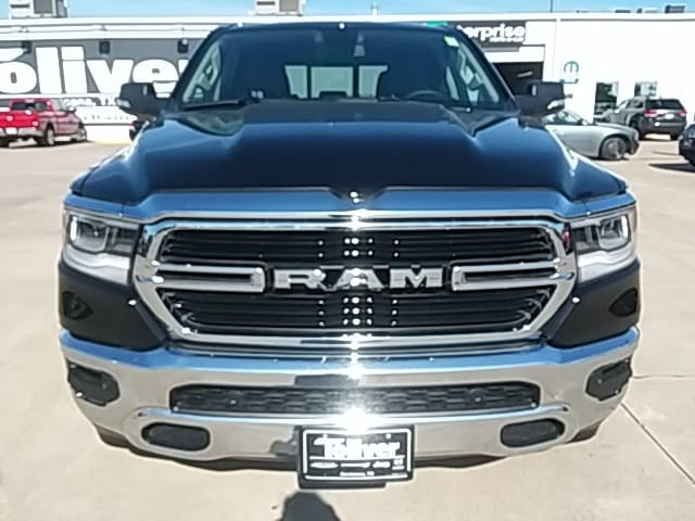 2019 Ram 1500 Crew Cab 4x2,  Pickup #KN530924 - photo 3