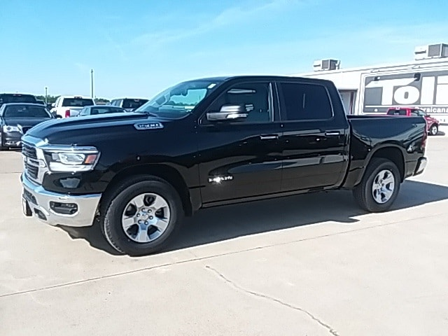 2019 Ram 1500 Crew Cab 4x2,  Pickup #KN530924 - photo 4