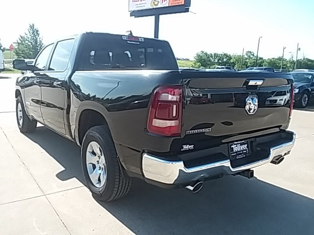 2019 Ram 1500 Crew Cab 4x2,  Pickup #KN530924 - photo 2