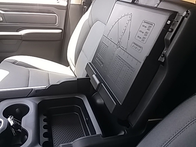 2019 Ram 1500 Crew Cab 4x4,  Pickup #KN565468 - photo 14